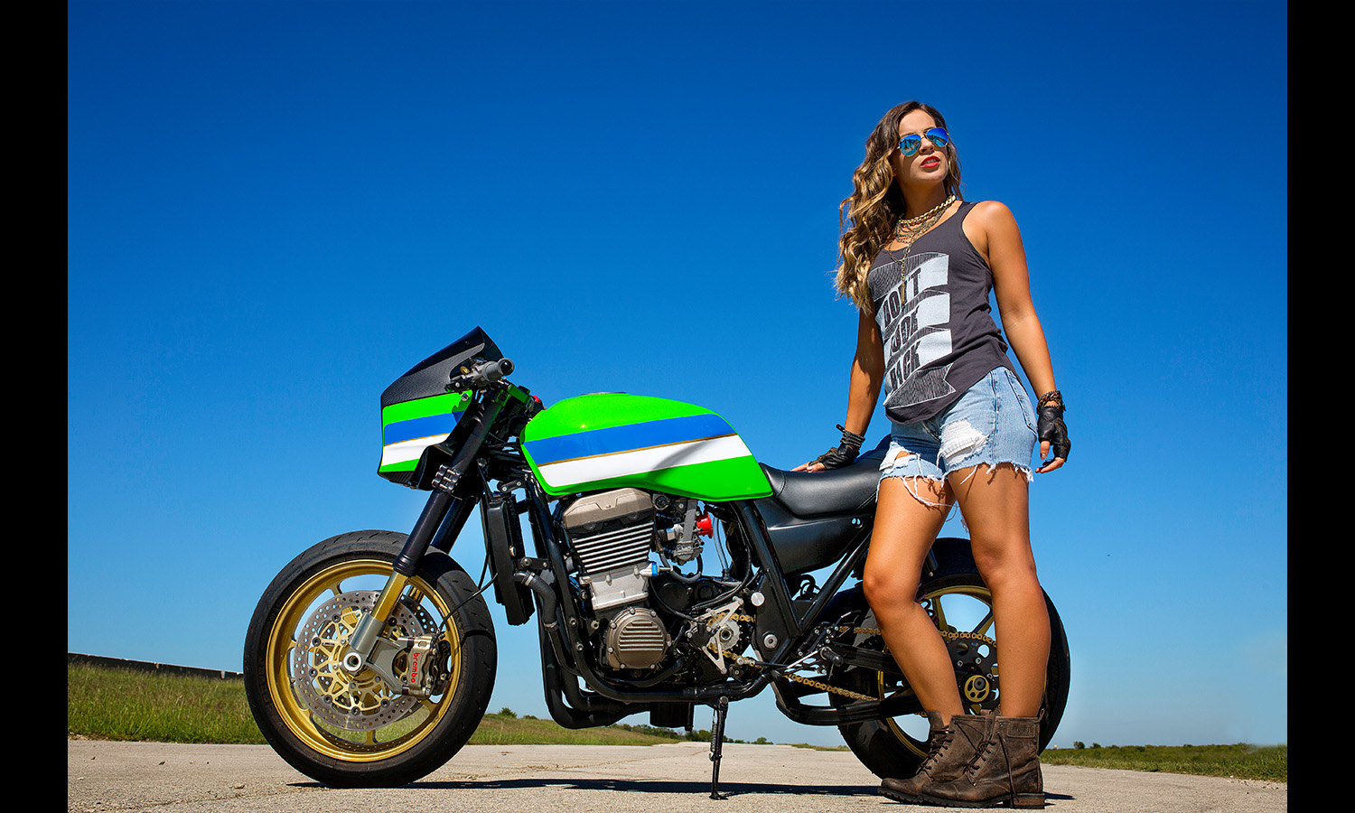 babe withMotorcycle Motorcycle Babes