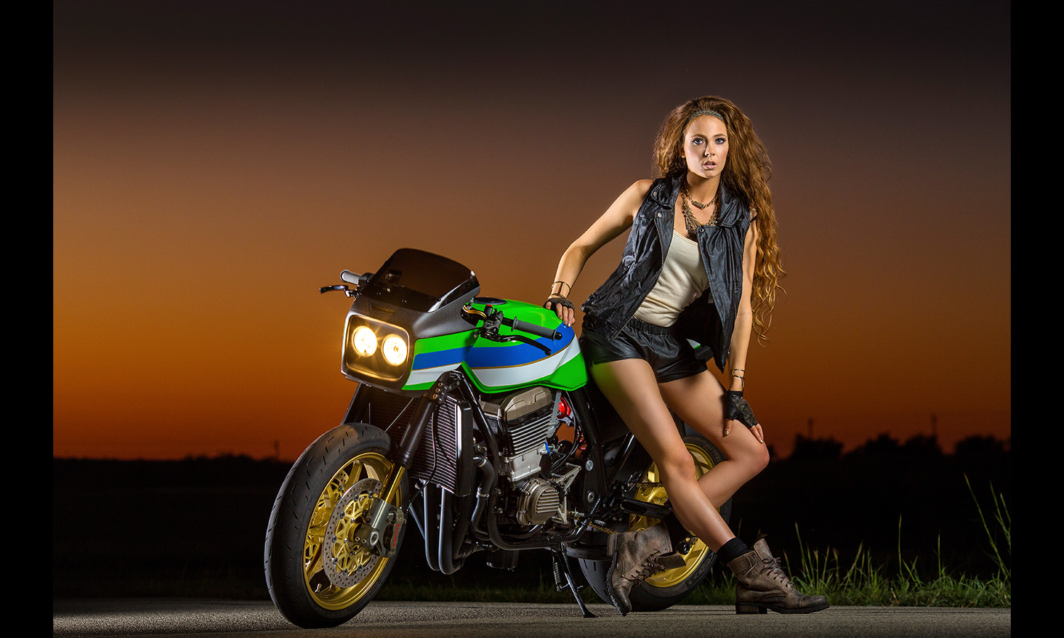 babe with superbike Motorcycle Babes