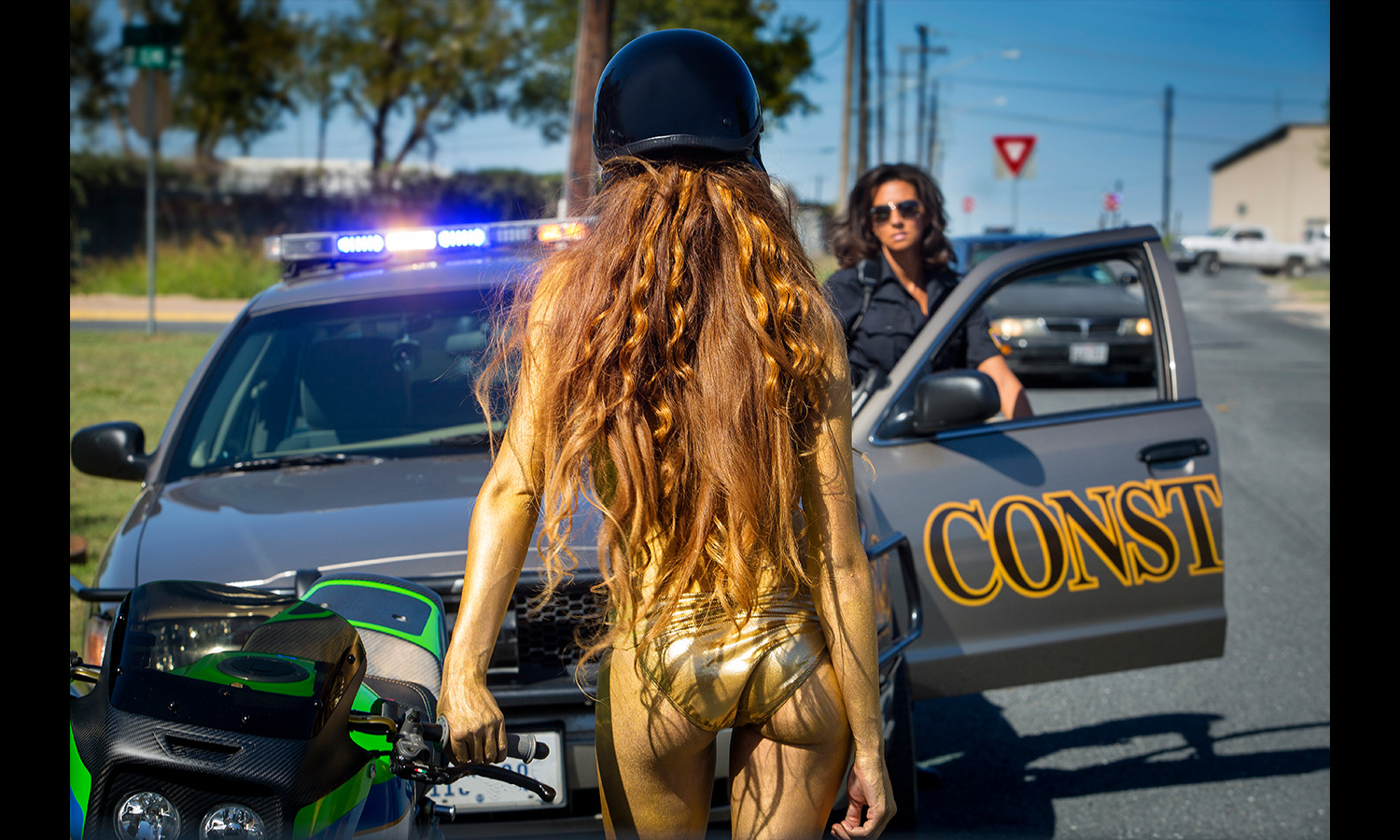 golden babe getting pulled over Motorcycle Babes